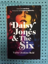 Daisy Jones & The Six 書影1
